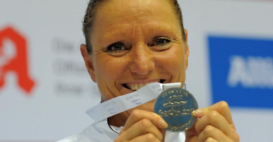 Kirsten Bruhn mit der ersen deutschen Medaille bei den Europameisterschaften in Berlin. Foto: DBS-NPC/Camera 4