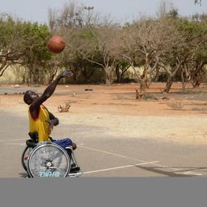 Rollstuhlbasketball im Senegal für die sportliche Teilhabe von Menschen mit eingeschränkten Fähigkeiten ©DOSB