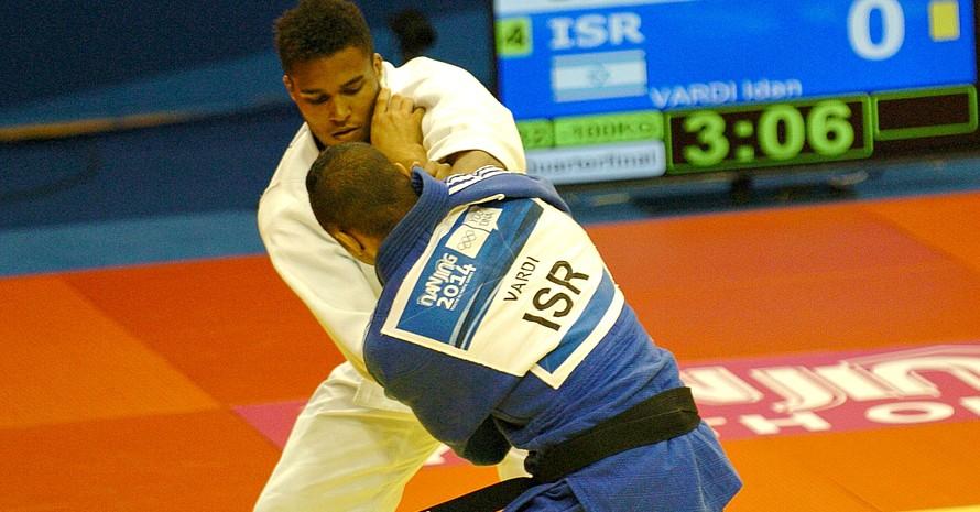 Judoka Doménik Schönefeldt schied mit seiner Mannschaft im Mixed-Wettbewerb im Judo im Viertelfinale aus.