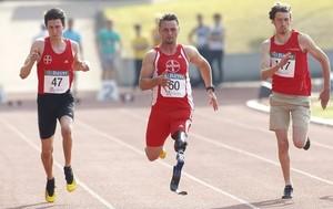 Menschen mit und ohne Behinderung im Sport zusammen zu bringen, ist das Anliegen der elf Inklusionsmanager/innen. Foto: picture-alliance