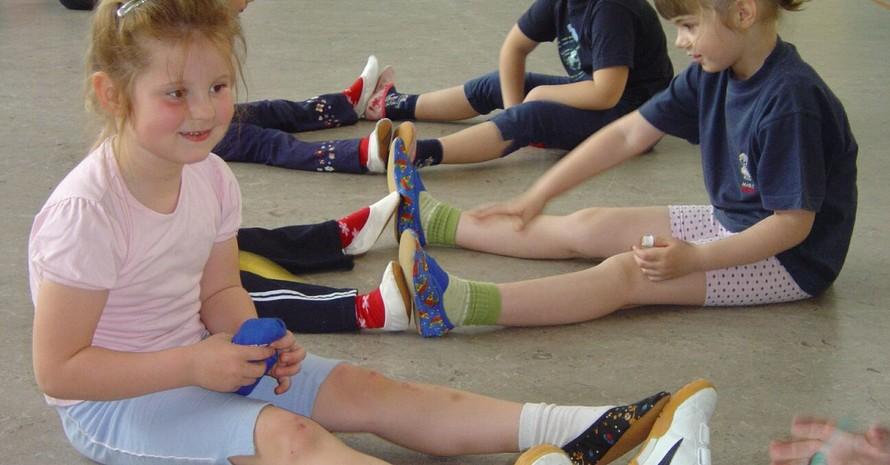 Je früher Kinder lernen, sich regelmäßig zu bewegen, desto länger bleiben sie im fortschreitenden Alter dem Sport verbunden. Foto: Sportjugend Pfalz