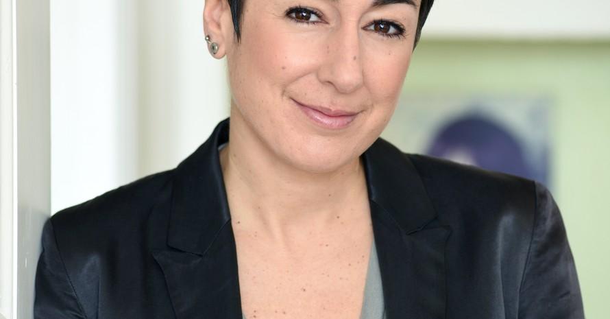 Dunja Hayali, 42, moderiert seit 2007 das ZDF-Morgenmagazin. Sie studierte Sportwissenschaften und begann ihre journalistische Karriere als Sportreporterin bei der Deutschen Welle. Foto: Jennifer Fey