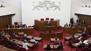 Der Plenarsaal der Bremischen Bürgerschaft, dem Bremer Landesparlament. Foto: picture-alliance