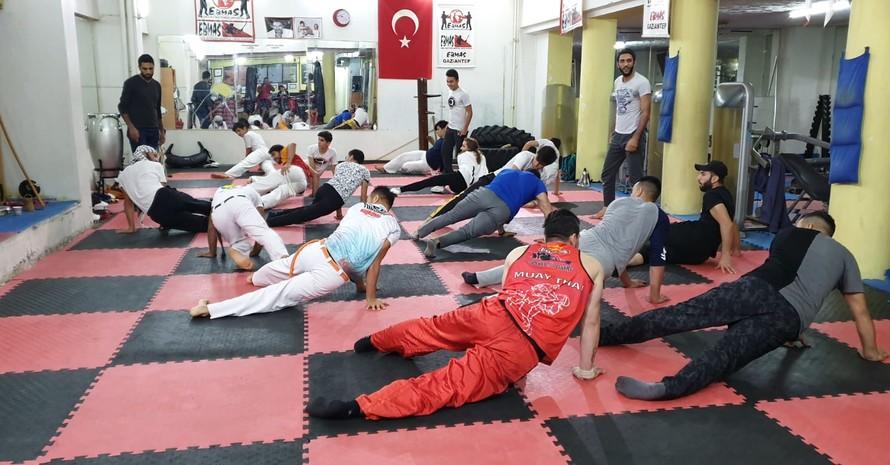 Teilnehmer/innen in Aktion