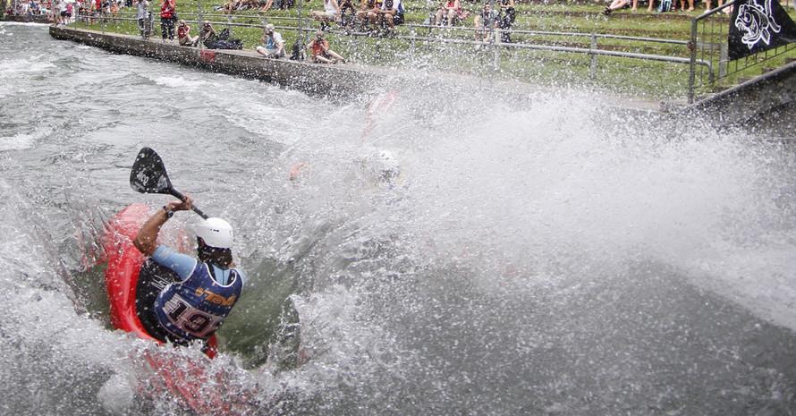 Der Ausgburger Eiskanal ist erstmals Austragungsort der Wildwasser Kanu Sprint WM. Foto: picture-alliance