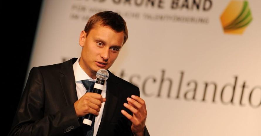 Spitzen-Hochspringer Raùl Spank war Ehrengast in Dresden. Foto: Frank May/picture-alliance