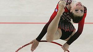 Kreativität und Athletik prägen die Rhythmische Sportgymnastik. Foto: picture-alliance