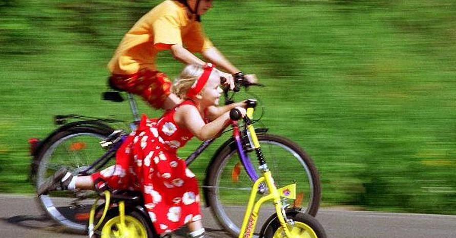 Alles rund um das Thema Radfahren, bietet richtigfit.de. Copyright: picture-alliance