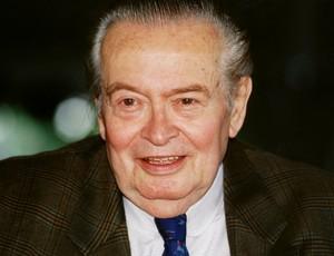Willi Daume - Namensgeber der neuen Akademie - 1993 an seinem 80. Geburtstag. Er engagierte sich von 1950 an zwei Jahrzehnte als Präsident des Deutschen Sportbundes, seit 1961 stand er über drei Jahrzehnte als Präsident an der Spitze des Nationalen Olympischen Komitees. Copyright: picture-alliance/dpa