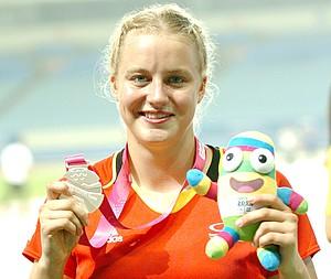 Speerwerferin Fabienne Schönig freute sich über Silber.