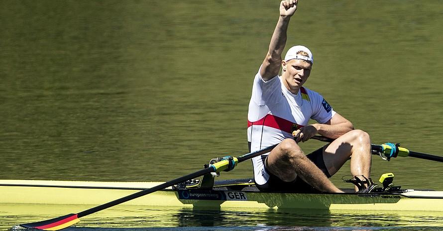 Oliver Zeidler ist einer der vielversprechendsten Kandidaten im Rennen um den Platz im olympischen Einer-Boot in Tokio 2020. Zurzeit absolviert er ein duales Studium bei Deloitte. Foto: picture-alliance
