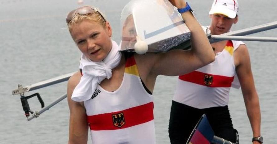 Lenka Wech (vorne)