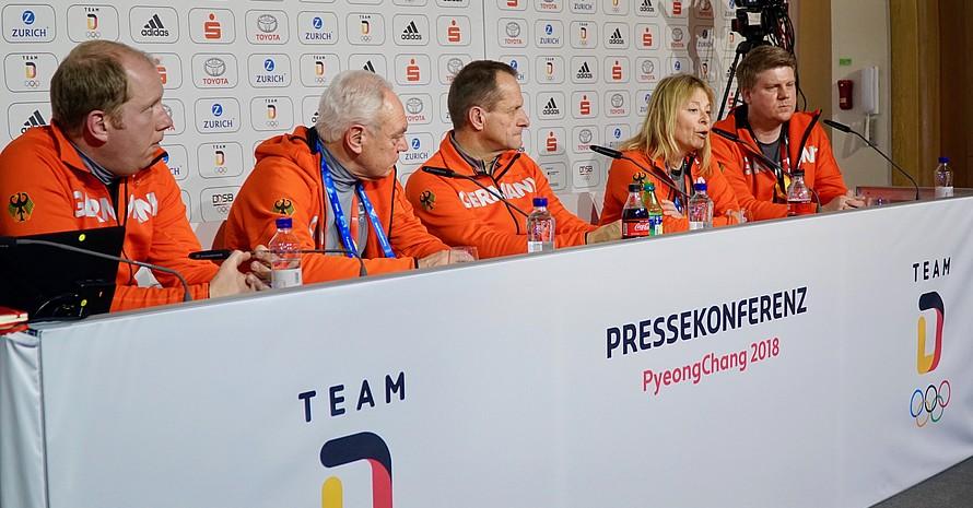 Vier Mitglieder des DOSB-Präsidiums nahmen sich Zeit für die Fragen der Gruppe.