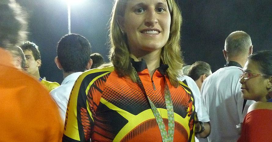 Mareike Thum mit ihrer Silbermedaille bei den World Games 2013 in Cali. Foto: DOSB