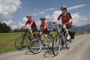 Der Breitensportkalender des BDR hält Touren für  Familien, sportliche Fahrer sowie für gesundheitsbewußte Radler bereit. Foto: picture-alliance