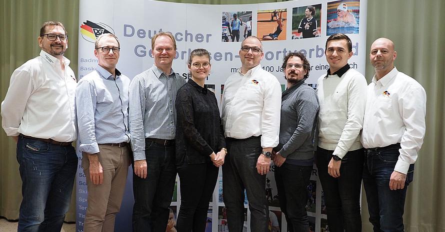 Das neugewählte Präsidium des DGSV mit Präsident Josef Willmerdinger (3. v.l.). Foto: DGSV