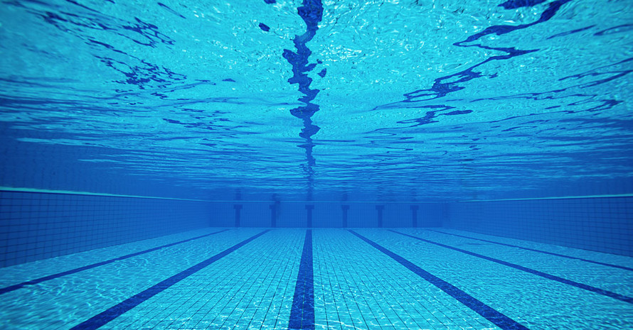 Schwimmbäder zählen zu den vielseitigsten Sportstätten. Foto: LSB Rheinland-Pfalz/iStock