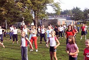Spezielle Angebote für Frauen und Mädchen bietet der 1. Bundesweite Frauensportaktionstag des DOSB am 5. und 6. Mai