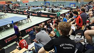 """Insgesamt elf """"4er-Tische"""", das entspricht 44 Tischtennistischen, wurden bei der diesjährigen Weltmeisterschaft in Altenkirchen im Westerwald aufgebaut. Foto: 4er-Tisch GbR"""
