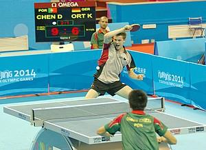 Kilian Ort kämpfte sich durchs Tischtennis-Achtelfinale.