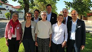 Das neue Präsidium: Anette Breucker, Julia Walter, Klaus Täubrich, Carola Meyer, Dr. Christian Deckenbrock, Marie Gnauert, Jan-Hendrik Fischedick und Marc Stauder (v.l.). Foto: DHB