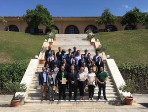 Doktorand*innen aus aller Welt treffen sich beim Postgraduierten-Seminar in Olympia. Foto: DOA