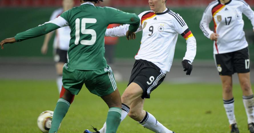 Birgit Prinz kann die erste Spielerin werden, die bei fünf verschiedenen WM-Endrunden jeweils mindestens einen Treffer erzielt hat. Foto: picture-alliance