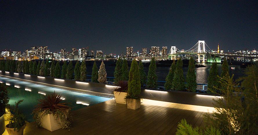 Die Aussicht in der Nacht ist mindestens ebenso faszinierend. Foto: DSM