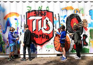 Die Kinder des Camps waren nicht nur sportlich aktiv, sondern auch kreativ gefragt. Foto: LSB Berlin/Engler