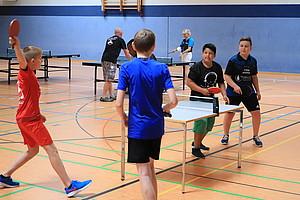 """Der SV Blau-Weiß 51 Mühlhausen, seit diesem Jahr Anerkannter Stützpunktverein im Bundesprogramm """"Integration durch Sport"""", organisierte bereits zum dritten Mal in Zusammenarbeit mit dem Jugendprojekt Boje die Möglichkeit, den Verein und seine Sportarten kennenzulernen."""