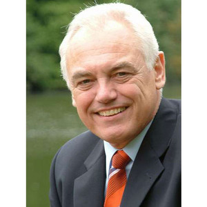 Walter Schneeloch kritisiert, dass keine Persönlichkeit aus dem Sport in den Integrationsbeirat berufen wurde.