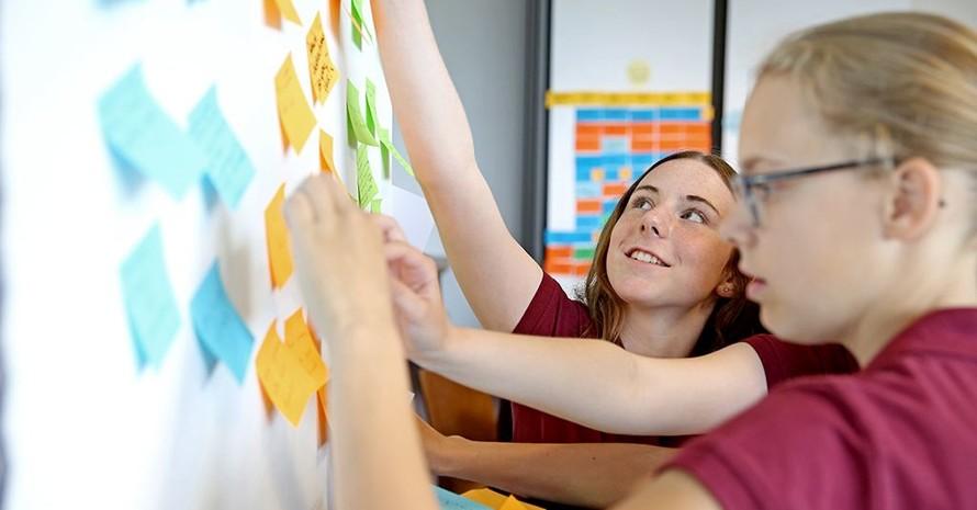 Junge Ehrenamts-Talente können sich jetzt für die Egidius-Braun-Akademie bewerben und einzigartige Erfahrungen sammeln. Foto: DFB-Stiftung Egidius Braun