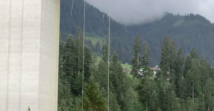 Nervenkitzel pur: Abseilen aus 40 Metern Höhe (Quelle aller Fotos: Meike Enners-Sittel)