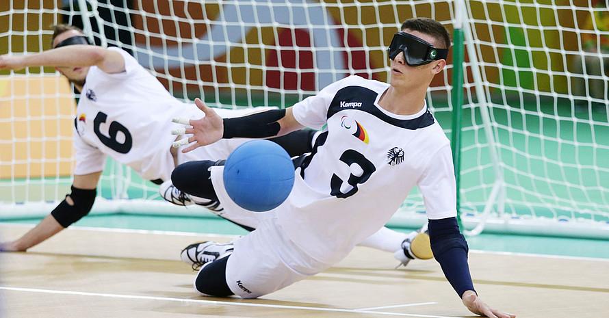 Goalball ist eine paralympische Sportart für Blinde und Sehbehinderte. Foto: picture-alliance