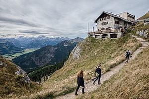 Wanderer und Hüttenwirte können viel dafür tun, dass sich Bettwanzen nicht ausbreiten. Foto: picture-alliance