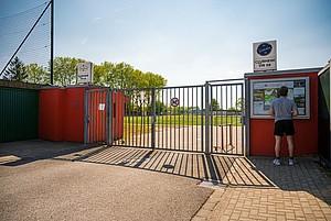 Noch sind die Türen zum Vereinsgelände zu, das könnte sich vielleicht bald ändern. Foto: LSB NRW