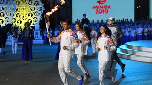 Flamme der Europaspiele auf dem Weg nach Minsk. Foto: picture-alliance