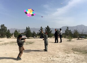 Krisen und Kriege verwehren Kindern und Jugendlichen das Recht auf Spiel. Foto: picture-alliance