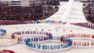 Die Eröffnungsfeier der Olympischen Spiele 1984 in Sarajevo. Foto: picture-alliance