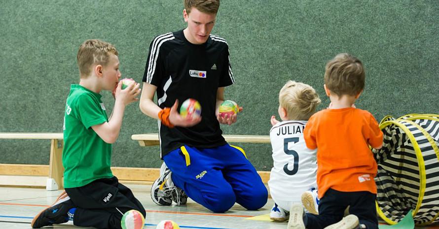 Nach einen FSJ im Sport entscheiden sich viele Teilnehmer für ein Sportstudium. Foto: LSB NRW