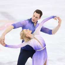 Aljona Savchenko und Bruno Massot mit ihrer Kür zin PyeongChang 2018. Quelle: picture-alliance