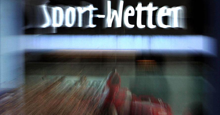 Gefordert wird eine Drittelabgabe zu Gunsten des gemeinnützigen Sports. Foto: pciture-alliance