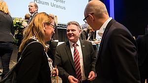 Gratulationen für Stefan Klett (m.), den neuen Präsidenten des LSB Nordrhein-Westfalen. Foto: LSB NRW