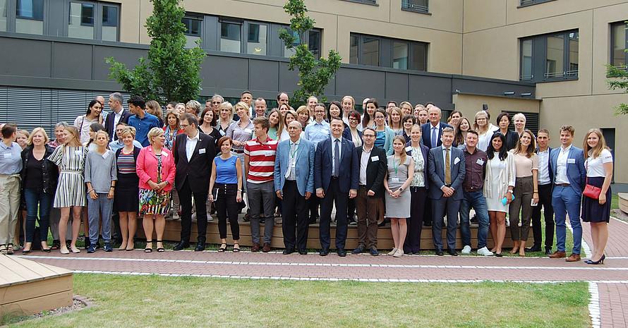 Die Teilnehmenden der ENGSO-Generalversammlung zu Gast beim DOSB. Foto: DOSB