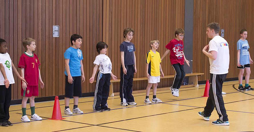 Eine enge Kooperation zwischen Sportvereinen und Schulen kann für Schulen und Sportvereine von Nutzen sein. Foto: LSB NRW