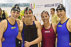 Strahlen um die Wette (v.l.): Sophia Bauer, Alena Kröhler, Jessica Luster, Kerstin Lange. Foto: DLRG