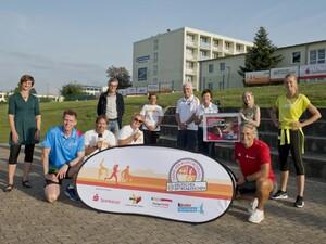 Das Team der Sportabzeichen Tour in Frankfurt/Oder mit Frank Busemann, Gerd Schönfelder und Miriam Höller. Foto: DOSB/Hildebrand