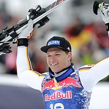Thomas Dreßen feiert in Kitzbühel seinen bisher größten sportlichen Erfolg. Foto: picture-alliance