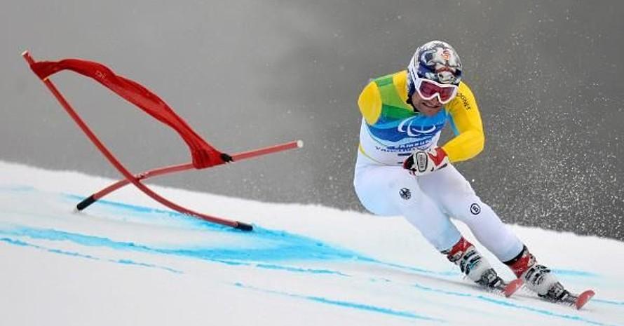 Gerd Schönfelder rast zu seiner insgesamt 14. Goldmedaille. Copyright: picture-alliance