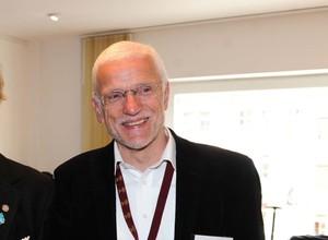 Hochschullehrer und Ehrenamtler, Prof. Hans-Jürgen Schulke, ist ausdauernd in Sport und Sportpolitik aktiv. Foto: picture-alliance